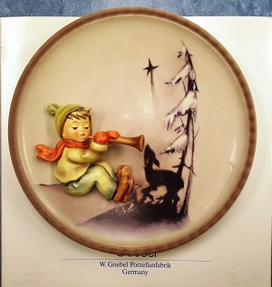 HUMMEL 1996 Annual Plate WINTER Melody (no box)